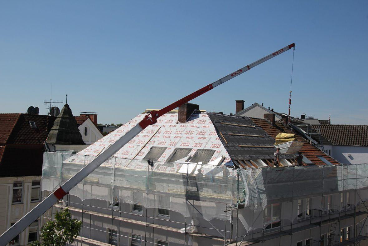 KfW Sanierung Dach Förderung Wärmedämmung Dach Dachdecker Arten der Dachdämmung Kosten der Dachdämmung