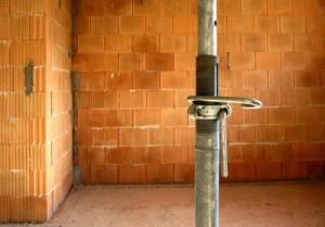Um Energie zu sparen ist eine gute Dämmung des Kellers wichtig.